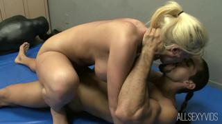 Battle Bang With Sophie Dee