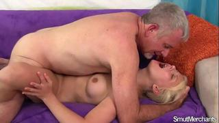 Blonde girl takes fat cock and facial
